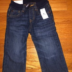 BNWT baby gaps boys size 12-18 months jeans